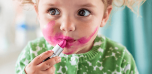 How To Remove Lip Gloss Stains?